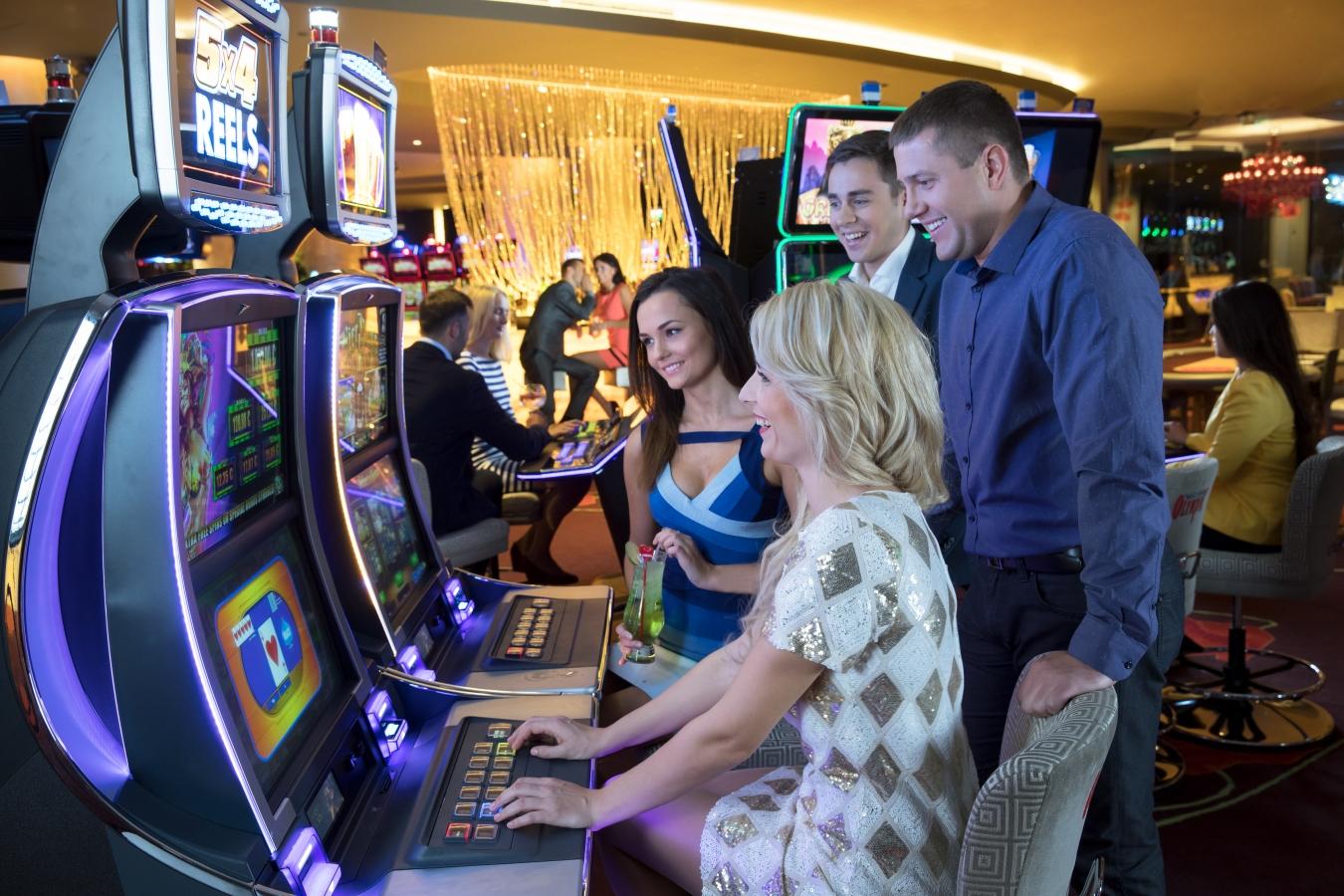 Играть в казино олимпик игровые автоматы руб детские