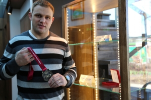 Medals exhibition opened by Heiki Nabi in Olybet sports bar